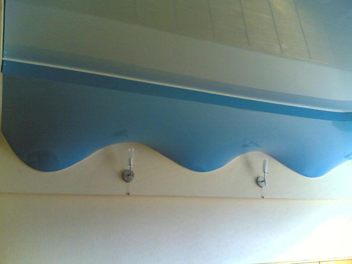 Двухуровневый потолок волна
